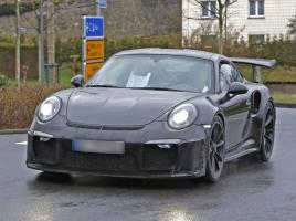 ポルシェ、911GT3 RSに最強の「GT3 RS 4.2」を投入?!