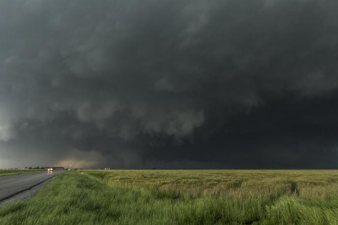 tornado(Daniel Rodriguez)