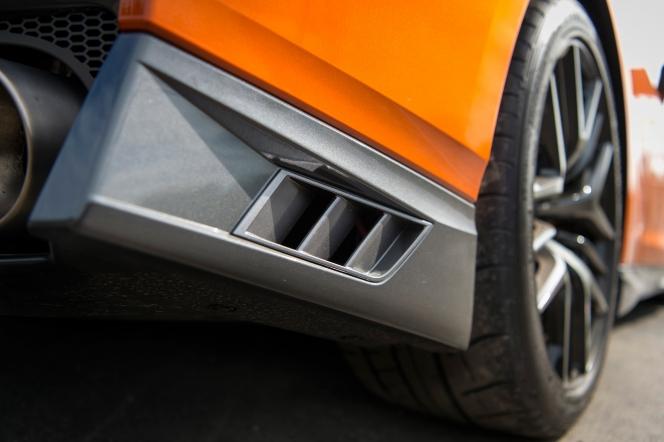 日産 GT-R 2016