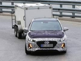 ヒュンダイ i30 次世代型のデザインが一変!その姿は?