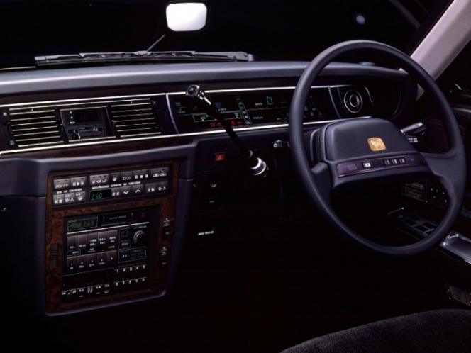 トヨタ センチュリー 運転席