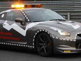 世界最速の消防車…ニュルで8分を切る日産 GT-Rの消防車仕様とは?