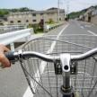 """スマホの""""ながら運転""""は5万円以下の罰金!? 自転車で違反するとどんな罰則があるの?"""