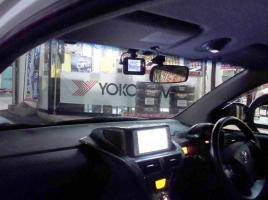 フロントに付けている人が多いドライブレコーダー…車のリアにも取り付けて大丈夫?