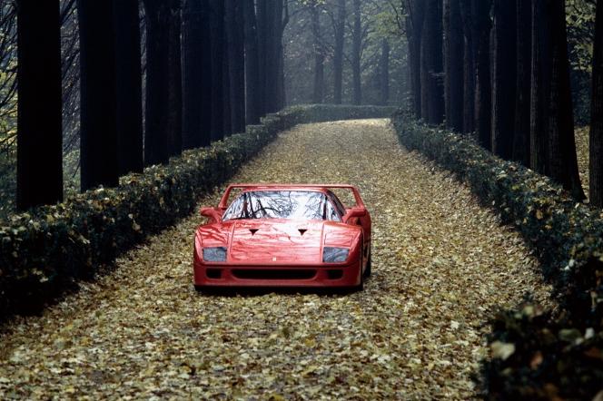アヘッド フェラーリ F40