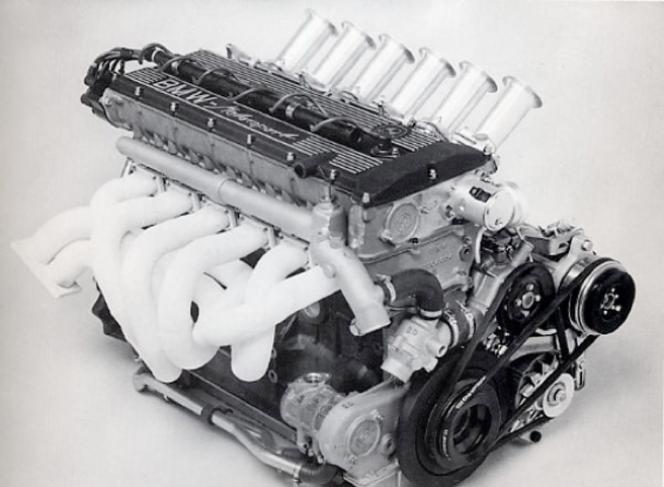 M88エンジン BMW M1