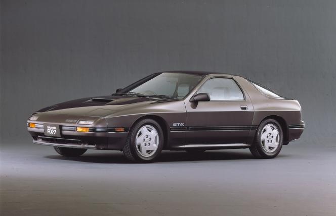 2代目サバンナRX-7(1985年発売)