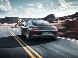 ポルシェ 911のエンジンや駆動系はどこが優れているのか?