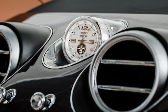 ベントレー ベンテイガ 時計 ブライトリング