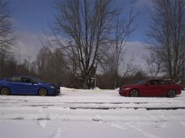 【動画】スバルWRX STI vs BMW M4で雪上綱引き対決!勝ったのはどっち?!