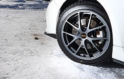 冬場のスタッドレスタイヤ交換でBBS鍛造ホイールはいかが?氷上でBBS鍛造ホイールを装着して走行テスト