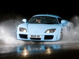 最大出力650馬力以上…ヤマハ製エンジン搭載の英国製スーパーカー「M600」とは?