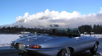 ジャガーEタイプ シリーズ1 4.2 ロードスター