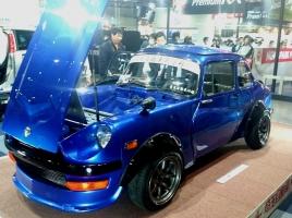 【東京オートサロン速報】S30Zなのか…スバル360がベースの「でんどう虫Z」とは?