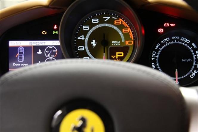 フェラーリ カリフォルニアのスピードメーター