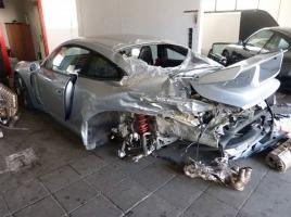 ほぼ全損の911 GT3が900万円で販売…この価格は高いのか?