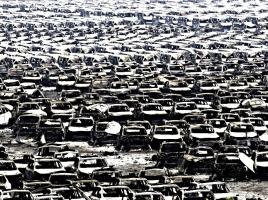 唖然…中国の大爆発によるフォルクスワーゲン、ルノーの新車4000台以上が全焼!トヨタにも影響か!?
