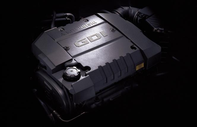 三菱 GDIエンジン