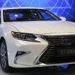 スピンドルグリルも新たに、2016年型レクサスESが世界初公開【上海モーターショー】