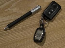 車のキーレスとスマートキーは何が違うのか?キーレスを最初に採用した国産車は?