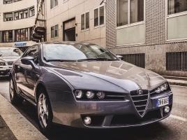 もしも、手取り26万 東京都港区在住の車好き男性だったら、何を買う?5選