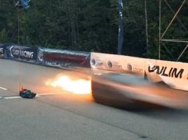 命を燃やして走るランボルギーニ!最高速でゴールインの後に炎上
