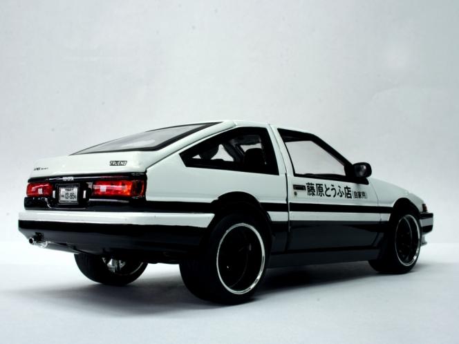 トヨタ イニD AE86