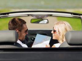 鋭い女性は、車内のいたるところで浮気を判断している!?