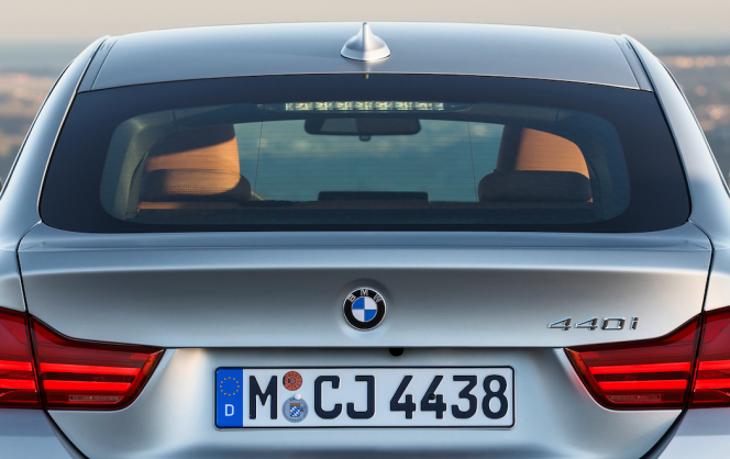 BMW 4シリーズ リアガラス
