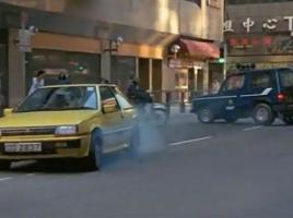 なぜジャッキー・チェン氏の映画には三菱の車が多く使われるのか?