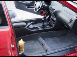 車のフロアマットは絶対に洗ったほうがよい!?洗い方のポイントを徹底紹介!