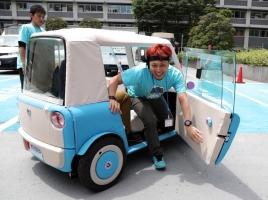 100万円で買える新しいクルマ!?電気自動車「リモノ」とは?