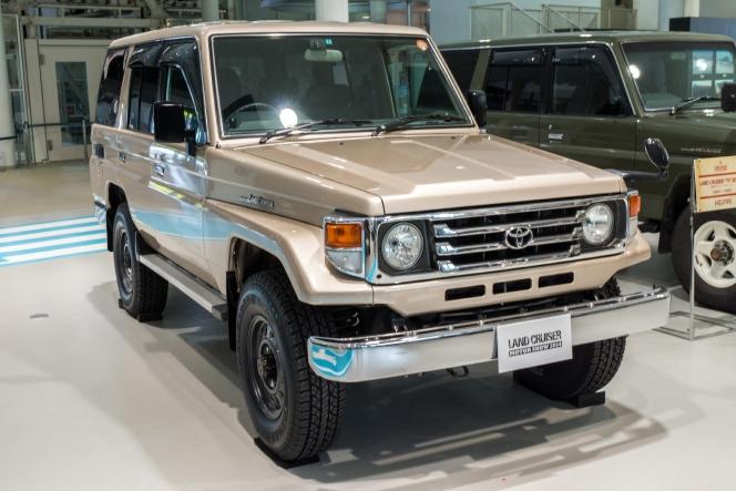 トヨタ ランドクルーザー 70