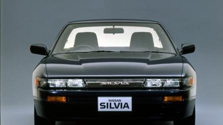 シルビアのようなペタンコ車はもう売れない、は嘘?いまでも人気なわけとは?