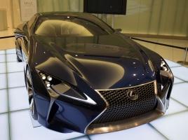 発売時期は2016年11月?レクサスLCはどのような車になるのか?