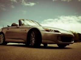 車好きなら知ってて当然?排気量と馬力の関係