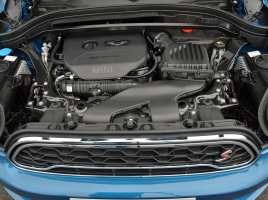 ボンネット=エンジンの蓋?エンジンの場所によって呼び名は変わるの?