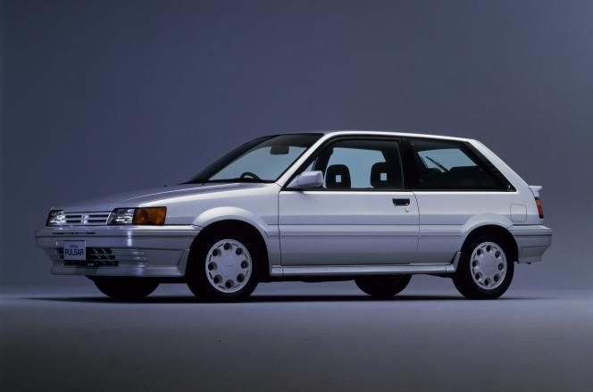 日産 パルサー 1986 3ドア ハッチバック