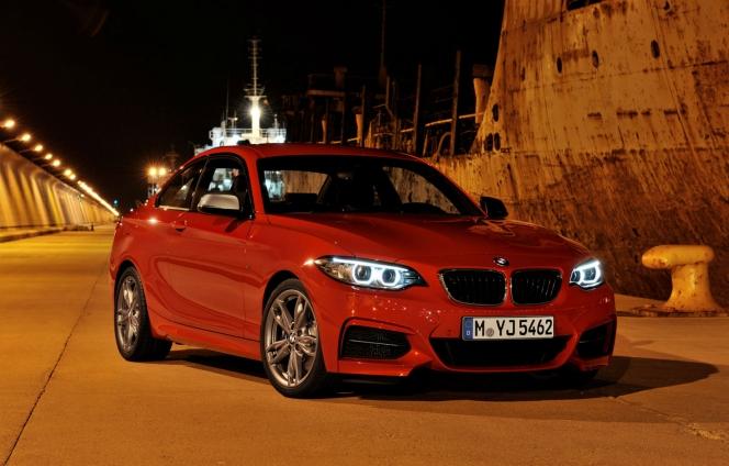BMW 235i
