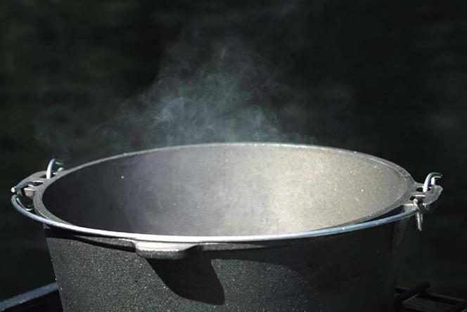 ランタン ダッチオーブン