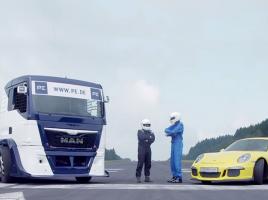 【動画】重量差約4000kg!ポルシェ 911vsトラックのブレーキング対決の結末とは?