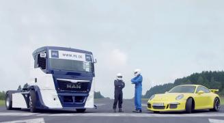 トラック ポルシェ 対決