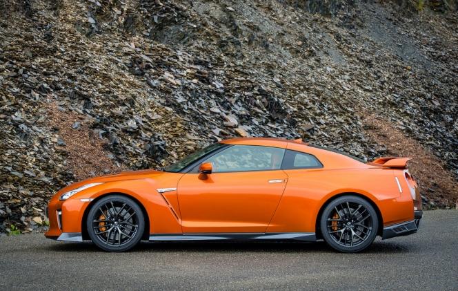 日産 GT-R 2017