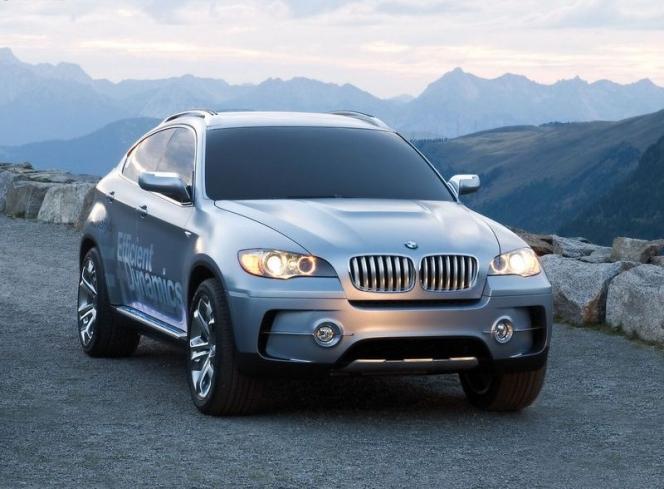BMW X6①