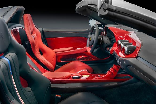 フェラーリ F60 アメリカ インテリア サイド