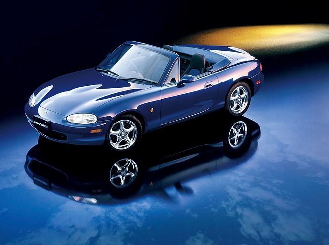 マツダ 2代目 ロードスター「10周年記念車」1800DOHC