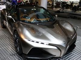 展示中のヤマハのスポーツカー「OX99-11」と「スポーツライドコンセプト」…両車を比較!