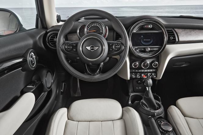 BMW MINI クーパー 2013 3代目