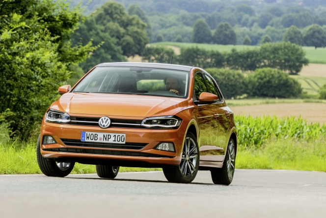 VW ポロ 2017