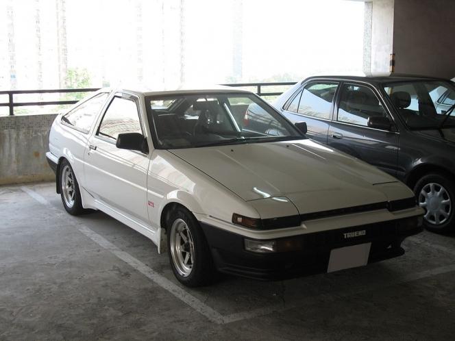 トヨタ AE86 トレノ